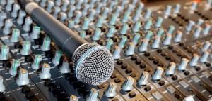 recording-studio-mixer-and-microphone-625x300-c